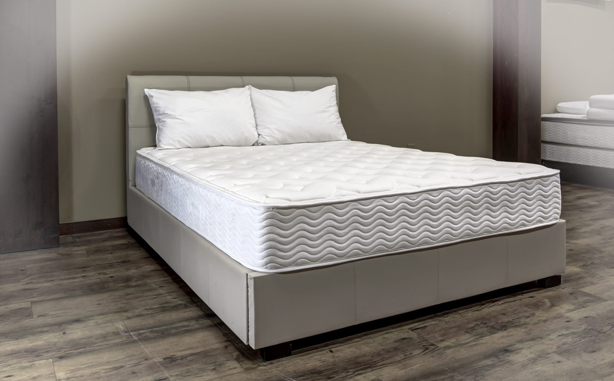 Mackenzie Plush Tight Top – Majestic Mattress